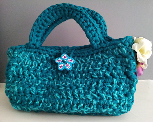 Small handbag made with Hoopla yarn and wool