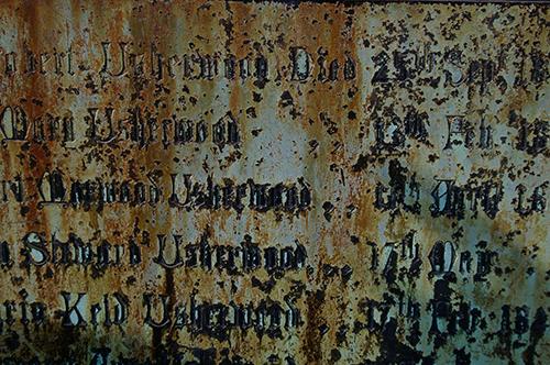 whitby-gravestone